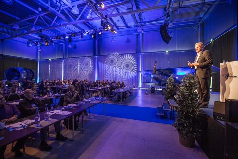 Top-Vortragsredner Holger Lietz - Richtig entscheiden mit der Kampfpiloten-Methode, simple system Roadshow, Technikmuseum Speyer, Photo: Thorsten Sperk