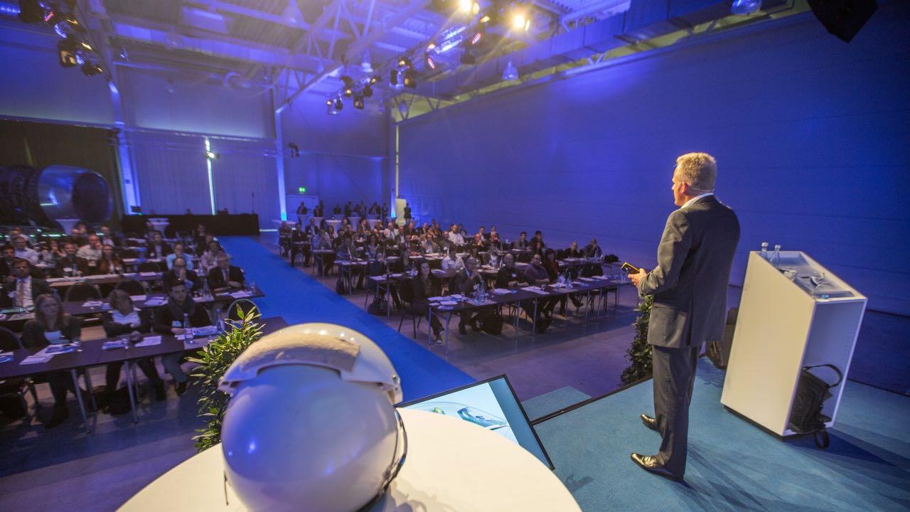 Top Keynote Speaker Holger Lietz - Richtig entscheiden mit der Kampfpiloten-Methode, simple system Roadshow, Technikmuseum Speyer, Photo: Thorsten Sperk